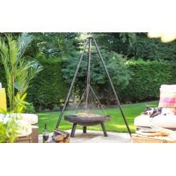 tripod-with-hanging-grill-2-715x452.jpg